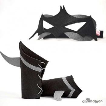 Masque et manchettes Super Chauve-souris noir-gris Chamaléon