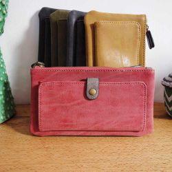 Porte-feuille en cuir rouge avec pochette avant